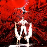 #2_hand_to_hand_acrobats