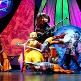 #63_cirque_stye_shows_