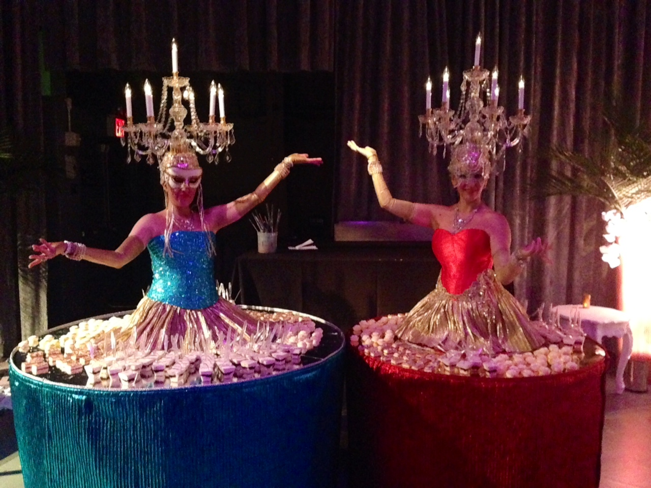 conference ideas -cirque entertainment-corporate event entertainment